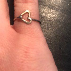 Jewelry - ⭐️bundle only⭐️size 5 1/2  heart ring